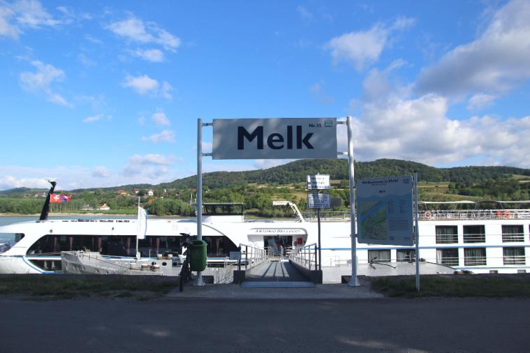 Melk_port